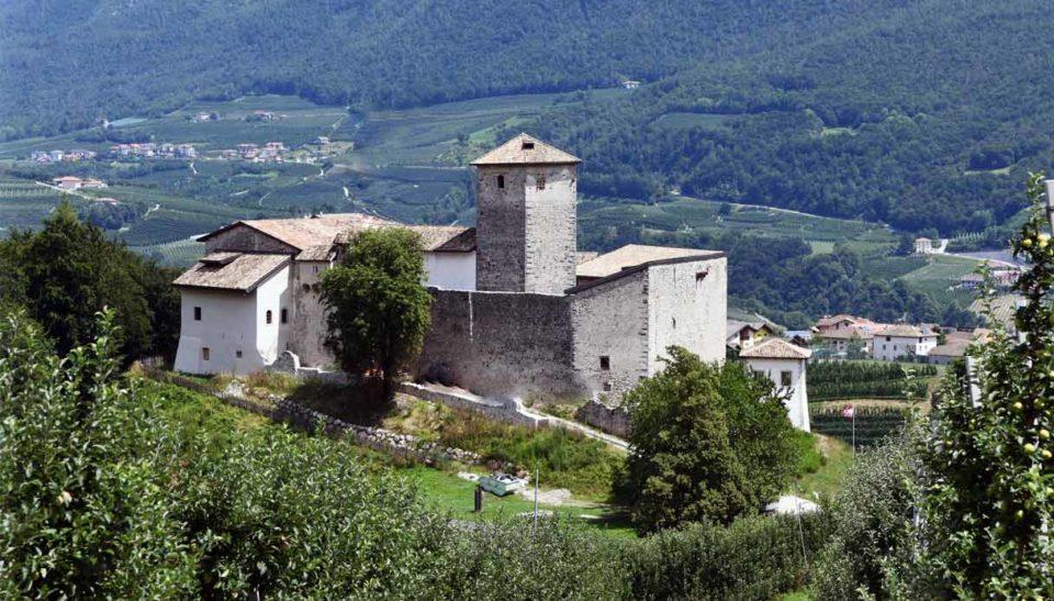 Belasi Castle, Refurbishment