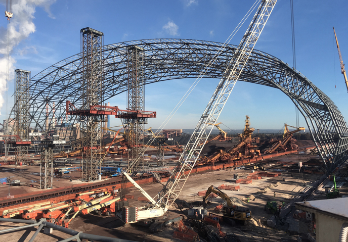 Arcelor Mittal Shelters in Taranto: <br> the first arch segment has been erected!